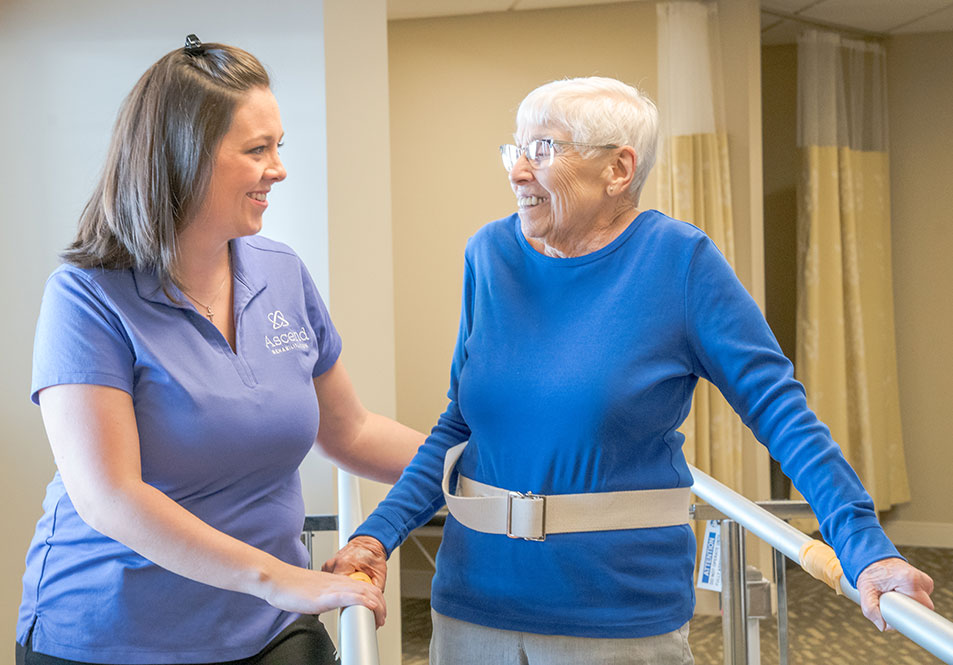 helping patient exercise